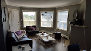 NEWLY RENOVATED, DOWNTOWN 2BD/2BA TOP FLOOR SUITE ON TRENDY 104