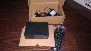 Used WD TV Live Streaming Media Player Gen 3 WDBHG70000NBK-12