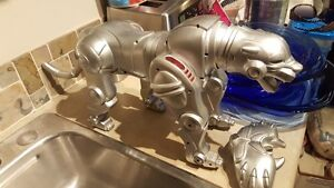 Rare Silver Wow Wee Wowwee Remote Control Cybernetic Panther Cat