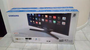 "Samsung 40"" Smart TV- Brand new in box"