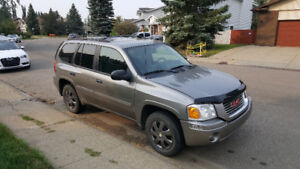 2008 GMC Envoy 4x4 Loaded Low Km Only $6400 Call 780-919-5566