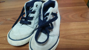 Gymboree shoes size 7