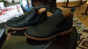 Blundstone style shoes