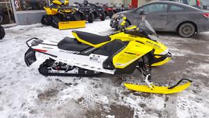 2017 Ski Doo MXZ X 850