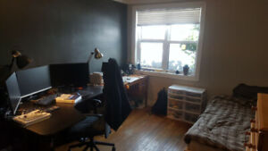 4 Month Summer Sublet (May-September)  near McMaster University