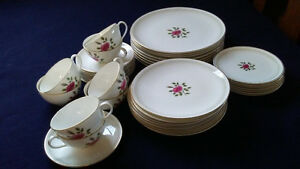 Royal Doulton China Dinner Set