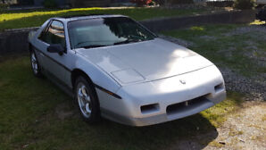 1985 Pontiac Fiero Gt immaculate condition trades