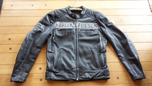 Men's Leather Harley Jacket. Size Medium. Like New,