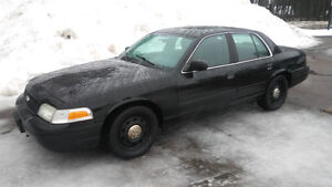 2011 Ford Crown Victoria Police Package. Extra Clean