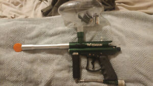 VI Triad Paintball Gun +