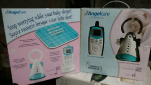 Angle care baby monitor / baby gate