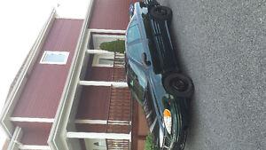 2002 Pontiac Grand Am vert Familiale