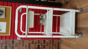 Tattoo bed and trolly for sell
