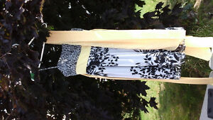 Robe de bal ou de mariage Max and Cléo de chez BCBG