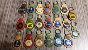 Lot de 20 porte-clés antiques  (vintage)
