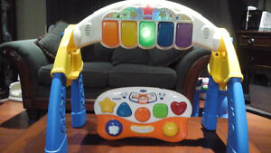 2 musical learning toys