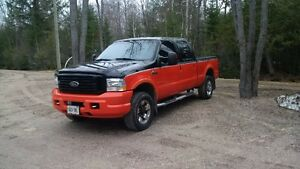 2004 Ford F-250 Harley Davidson Edition Pickup Truck