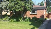 3 Bedroom home in desirable neighbourhood. Move in ready!