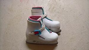 Bauer Lil' Angel Skates Size 12/13 in original packaging