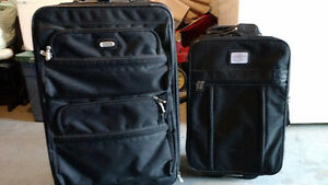 2 suitcases for sale Kitchener / Waterloo Kitchener Area image 1