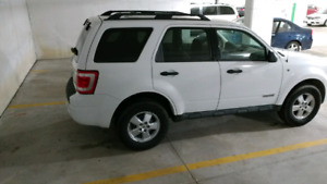2008 Ford Escape XLT v6 AWD certified lowkm