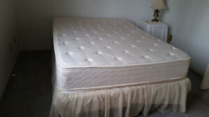 COMPLETE DOUBLE BED PILLOW TOP MATTRESS BOX FRAME