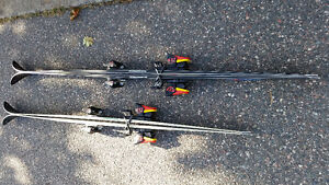 2 pairs of Rossignol skis