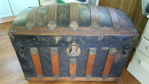 Antique Victorian Humpback/Domed Top Steamer Trunk