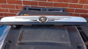 2008 2009 2010 Chrysler Town & Country trim+camera