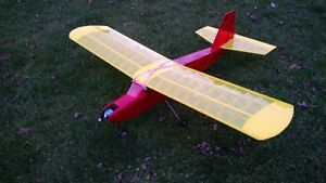 Radio-controlled model airplane with radio & battery charger