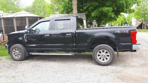 Camion Ford F-250 XLT Diesel 2017