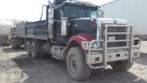 Dump truck with pup 2006