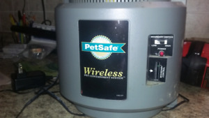 Petsafe  wireless containment unit