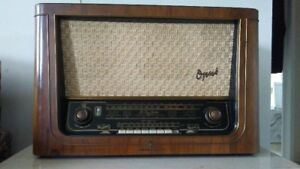 50'S ORIGINAL TELEFUNKEN OPUS 55 RADIO VACUUM TUBE GERMANY RADIO