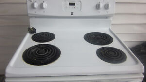 White lightly used Kenmore stove for sale Peterborough Peterborough Area image 1