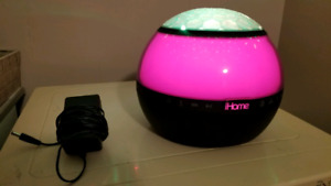 iHome iBT175 colour changing speaker
