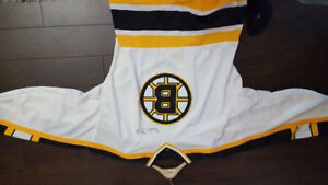 Bobby Orr signed jersey Christmas Special