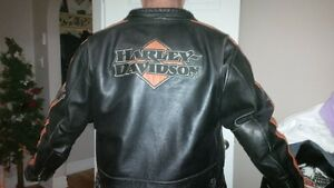 Authentic Harley Davidson leather jacket size 2xl,ex condition