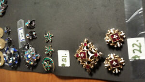 VINTAGE BROOCHES AND EAARINGS