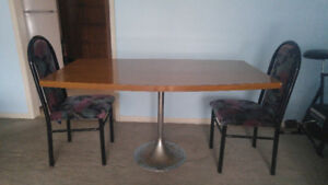 Solid wood Dinning Table with 2 chairs $50