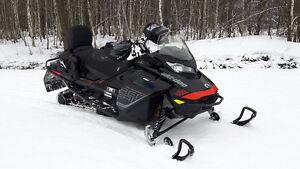 BRP Ski-doo Renegade X E-TEC 850 2017