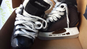 BAUER SUPREME ONE.4 SKATE YOUTH SIZE 8