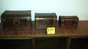 3 nesting boxes moving sale
