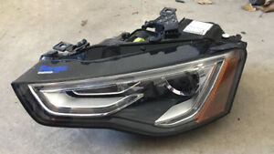 2013 - 2015 Audi A5 Drivers side headlight!