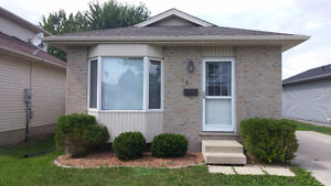 Fanshawe Students! The Best Choice In House Rentals! London Ontario image 3