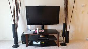 46inch samsung 1080 LCD TV with swival stand