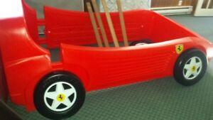 FERRARI  BED   little trikes  ( very rare )
