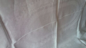 Vintage Linen Champagne Coloured Tablecloth Kitchener / Waterloo Kitchener Area image 2