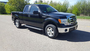 2012 FORD F150 SUPERCAB 4X4 ONLY 41000kms$27000obo