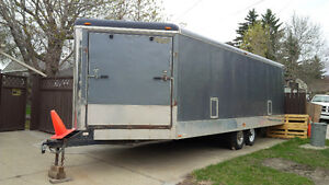 Enclosed 26ft 4-Place Trailer